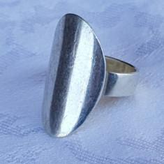 Inel argint Oval Opulent VECHI executat manual in argint brut MASIV de Efect RAR