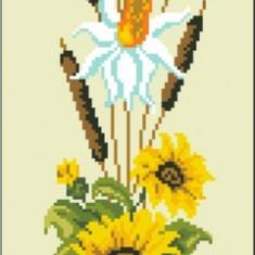 Ikebana cu floarea soraelui - goblen cu diagrama alb/negru - Broderie