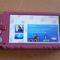 Consola PSP Sony 1000 MODATA PSP Sony MODDAT Card 8 GB + 96 Jocuri Pe Carduri + HUSA