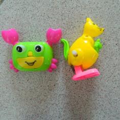 Set de doua jucarii pentru copii mici, cangur si rac, jucarii copii - Jucarie zornaitoare, 18-24 luni, Unisex, Multicolor, Plastic