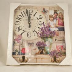 Ceas dreptunghiular cu rama foto si cuier - Cuier hol
