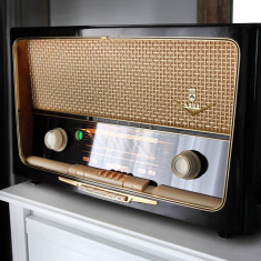 Radio lampi Grundig type 4088, complet restaurat - Aparat radio