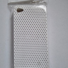 Husa iPhone 4 4s perforata alba noua - Bumper Telefon