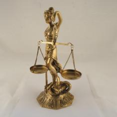 Statueta justitia mica - Arta din Metal