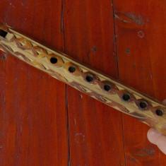 Fluier din bambus cu modele incizate / model deosebit !!!