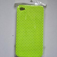 Husa iPhone 4 4s perforata verde noua - Bumper Telefon