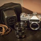 Aparat foto Zenit-E cu obiectiv Industar F/2.8 50mm si toc/etui piele; Colectie! - Aparat de Colectie
