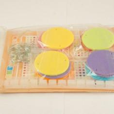 Perdea usa figurine plastic