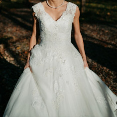 Rochie de mireasa printesa, La Sposa Marimea 36