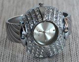Ceas de dama bratara QUARTZ  curea din inox, Fashion, Geneva