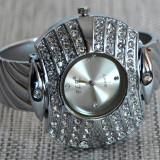 Ceas de dama bratara QUARTZ  curea din inox