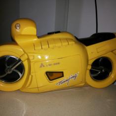 Radio-casetofon,in forma de motocicleta de viteza