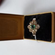 LICHIDEZ COLECTIE- INEL ANTIC CU DIAMANTE SI SMARALDE - Inel diamant, Carataj aur: 18k, Culoare: Galben