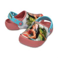 Saboti pentru copii CrocsFunLab Disney Vaiana Clog Blossom (CRC204619-682) - Papuci copii Crocs, Marime: 21.5, 23.5, 25.5, 27.5, 29.5, 32.5, 33.5, 34.5, Culoare: Roz, Fete