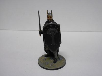 Figurina din plumb - Cavaliero Numenororeano - Lord of the Rings scara 1:32 foto