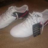 Ghete fotbal teren sintetic Nike