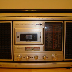 Radiocasetofon GRUNDIG C9000 AUTOMATIC(cu probleme la casetofon)