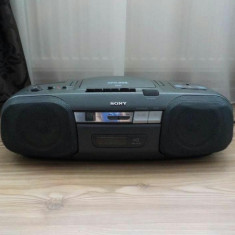 Casetofon boombox cu CD Sony CFD-808