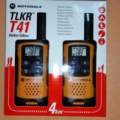 Statii Emisie Receptie Walkie Talkies Motorola 8 Canale Raza Maxim 4 KM - Statie radio