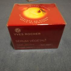 Crema noapte Serum Vegetal Yves Rocher - Crema antirid