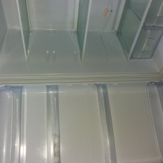 Combina frigorifica indesit