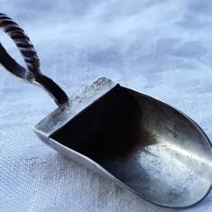 Lingurita CAUS argint 800 SUPERB vechi executat manual de Colectie, Tacamuri
