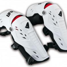 Protectii genunchi Ufo, Syncron, alb - Protectii moto