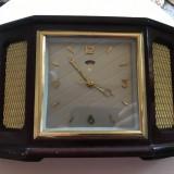 Ceas mecanic, chinezesc, cutie din lemn, defect - Ceas de masa