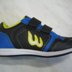 Pantofi sport unisex WINK;cod FE5129-1(gri);-2(negru);-3(fucshia);marime:24-29 - Pantofi copii Wink, Culoare: Fuchsia, Marime: 25, 26, 27, 28, Piele sintetica