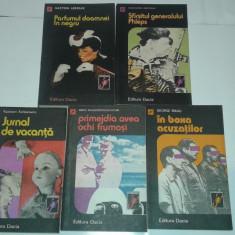 5 CARTI POLITISTE COLECTIA SCORPIONUL - Carte politiste