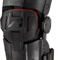 MXE Orteza genunchi EVS RS9 rosu/negru Cod Produs: RS9XLAU - Protectii moto