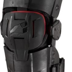 MXE Orteza genunchi EVS RS9 rosu/negru Cod Produs: RS9MAU - Protectii moto