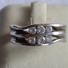 Inel argint cu pietre centrale neregulat in valuri Finut Delicat Elegant Superb