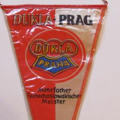 Fanion fotbal - DUKLA PRAGA