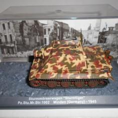 "Macheta tanc Sturmmorser ""Sturmtiger"" - Minden - 1945 scara 1:72"