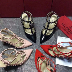Pantofi VALENTINO GARAVANI ROCKSTUD - PIELE NATURALA - Pantof dama, Culoare: Negru, Rose, Rosu, Marime: Alta, Cu toc
