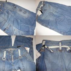 Pantalon trei sferturi Calvin Klein pentru baieti - Blugi barbati, Marime: S, Culoare: Albastru