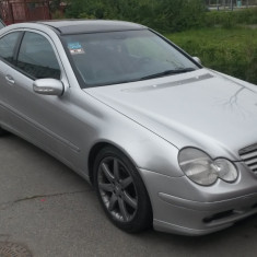 Mercedes-Benz C230 Kompressor Sport Coupe Panoramic ShiftTronic, An Fabricatie: 2001, Benzina, 216000 km, 2295 cmc, Clasa C