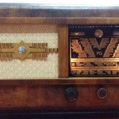 Aparat Radio pe lampi LERAVOX FRANTA 1939
