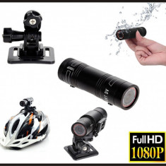 Camera video actiune Full HD cu card de 16 Gb inclus
