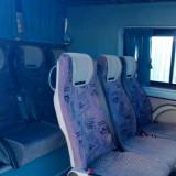 Ichiriez microbuz