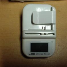 Alimentator universal pt. Battery Telefon, Foto Camera - Incarcator Aparat Foto