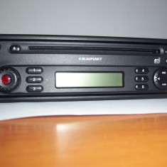 Radio CD auto cu mp3 Blaupunkt original Dacia Logan/Renault - CD Player MP3 auto