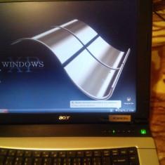Laptop Acer TravelMate, Diagonala ecran: 15, Intel Pentium Dual Core, 160 GB