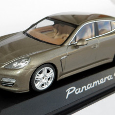 Minichamps Porsche Panamera 4 2010 1:43 - Macheta auto Hot Wheels