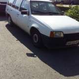 Vând Opel Kadett, An Fabricatie: 1986, Motorina/Diesel, 230000 km, 1600 cmc