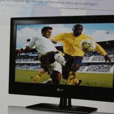 Televizor LG, plat cu leduri si ricevitor satelitar incorporat, aproape nou. - Televizor LED LG, 102 cm, Full HD