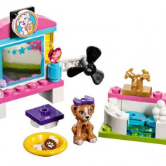 LEGO Friends - Rasfatul Catelusilor 41302