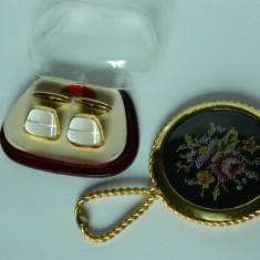 Oglinda si butoni alama vintage