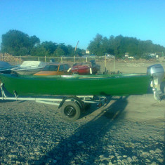 BARCA IBIZA + MOTOR Honda 20 Cp - Barca cu motor